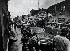 Slökkviliðið kvatt að Þingholtsstræti 11 árið 1974