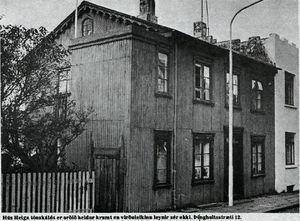 """Þingholtsstræti 12 - Úr grein Guðjóns Friðrikssonar """"Töfrarnir höfðu gripið"""" frá 1978"""
