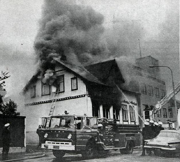 Þingholtsstr28 bruni 1975 8.6.timinn