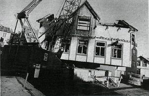 Þingholtsstræti 27 flutt yfir á lóð nr. 28. Þjóðviljinn 23. júní 1978. Mynd: Leifur