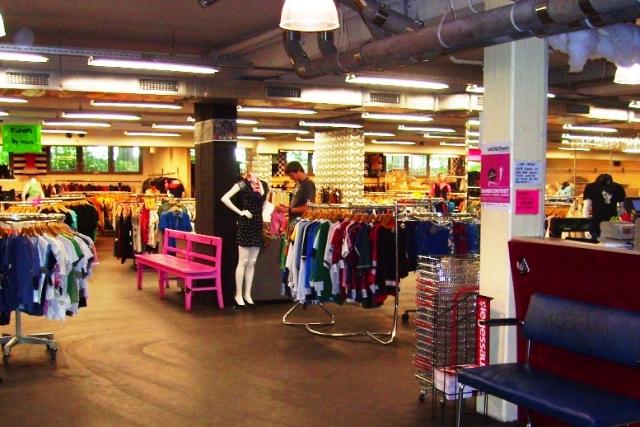 Kleidermarkt_Garage_1