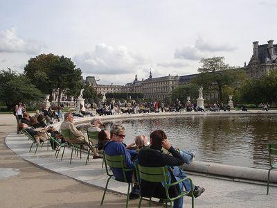 Jardin des Tuileries fyrir utan Louvre safnið í París